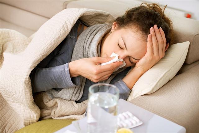 病毒性心肌炎青睐年轻人,感冒不愈应就医