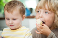 小儿偏食 父母当心健康问题!