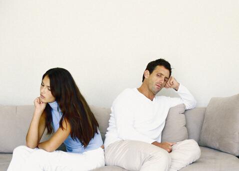 生活中夫妻总爱相互挑剔,该怎么办?