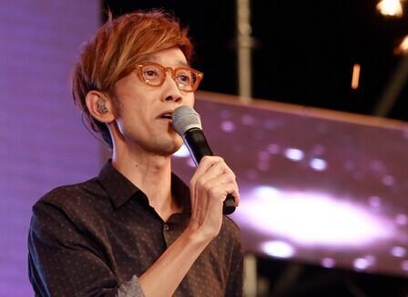 歌手周传雄染病菌暴瘦40斤 网友戏称:求感染