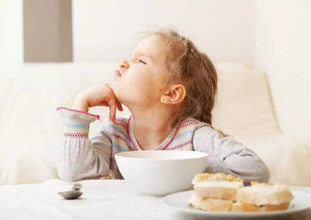 吃得太晚、吃得太快――晚餐六种错误吃法