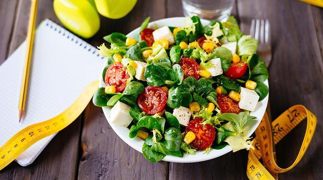空腹时不要吃这些食物!小心引发肠胃疾病