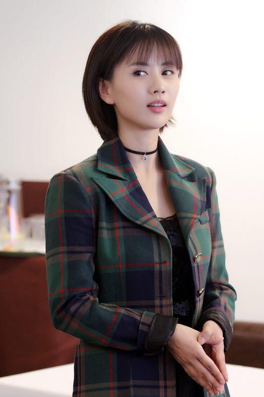 《白夜追凶》女主角梁缘担任素食餐厅代言人倡导健康轻食新食尚