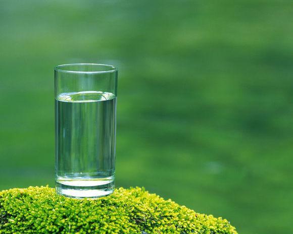 经常喝水可以减肚腩?减肚腩原来这么简单