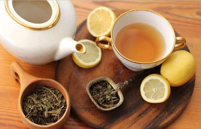 你知道养生茶与保温杯有什么关系吗?