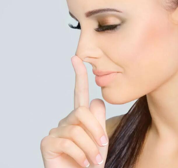 鼻子痒可能是癌症信号 恶性肿瘤早期信号