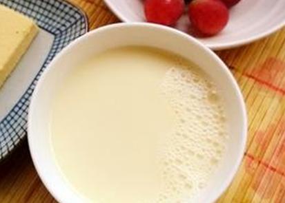 别空腹喝豆浆!宝宝饮用豆浆的禁忌