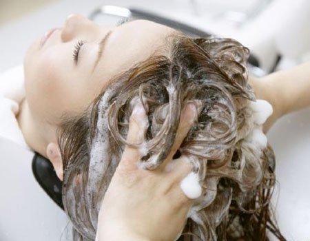 脸朝下洗发会加速衰老 如何正确洗才不变老