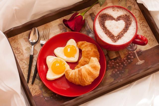 每天不按时吃早餐 竟然会导致这些危害!