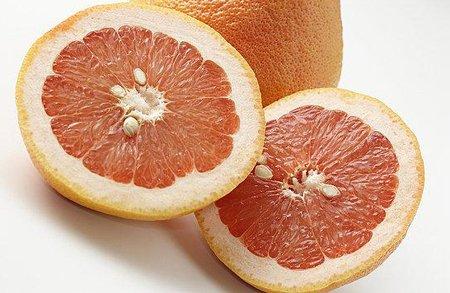 养生:冬季多吃四种水果养血润肺