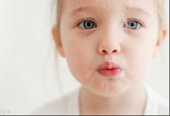 季节交替 小儿咳嗽多肺热 巧选中药是关键