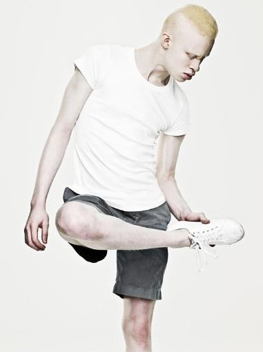 你老了么?单腿起身 可测肌肉衰老与否