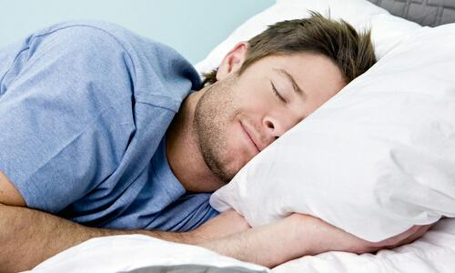 睡姿不对引起睾丸异变 男性如何保养睾丸?