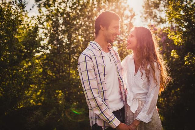 如何维系夫妻感情呢? 五招让你们更恩爱
