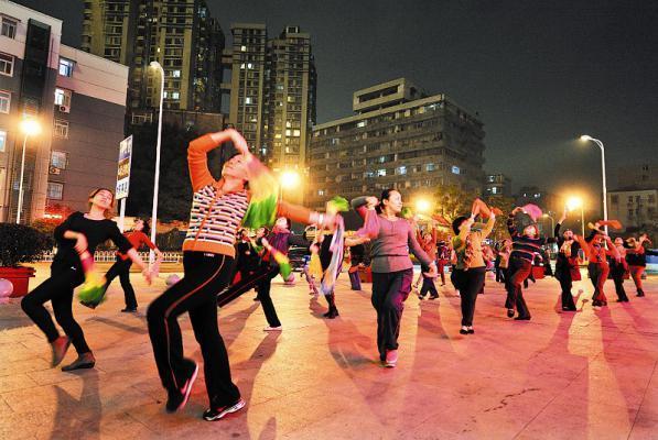 老年人跳广场舞要适度 让膝盖远离痛苦