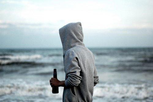 研究:总感觉孤独的人更易得癌