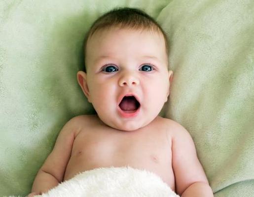宝宝起湿疹的原因?护理对治愈同样重要