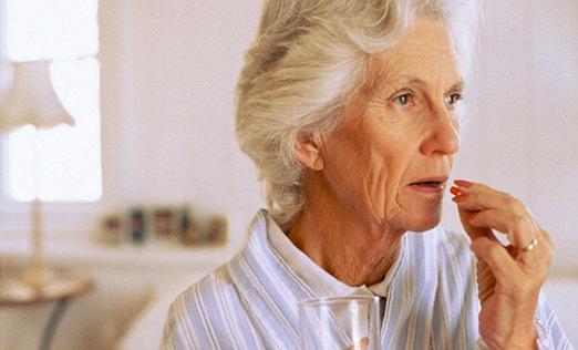 """医学前沿:清除""""毒蛋白""""能治阿尔茨海默症"""