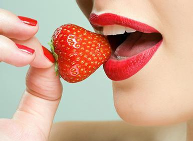 """女性健康:女人春季养生选择""""红白""""两色"""