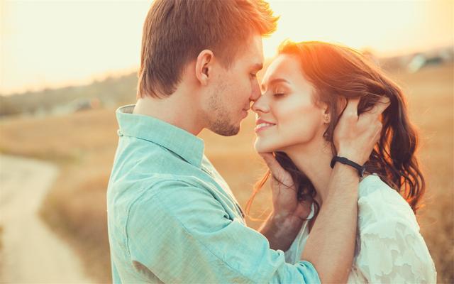 五种感觉说明你恋爱了 你坠入爱河了吗