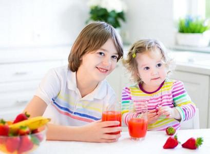 夏季给宝宝喝蔬果汁有讲究