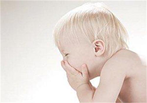 小孩过敏性鼻炎是不是长大了就会好?