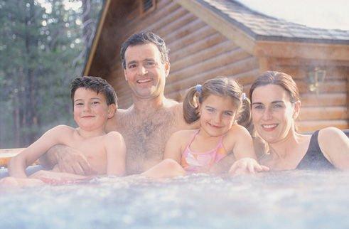 专家解读:冬日频繁泡温泉当心皮肤瘙痒