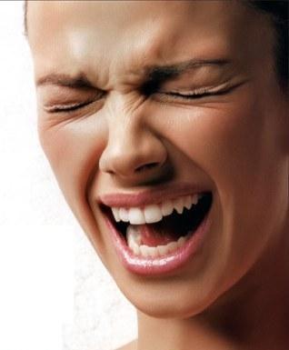 专家解读:脸上的皱纹预示着哪些疾病?