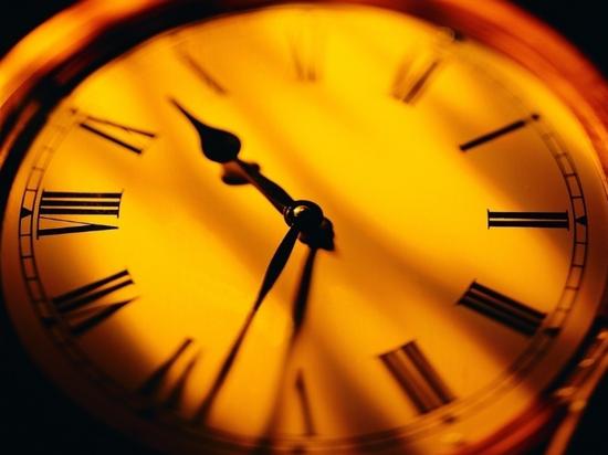 心理解读 时间为什么过得越来越快呢