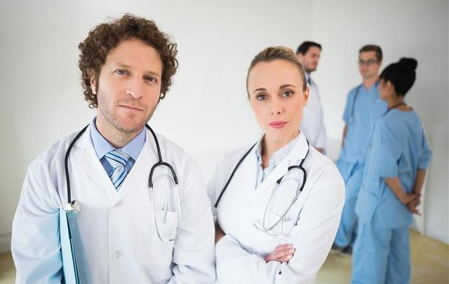 推动合格医师同质化培养,夯实人才基础。