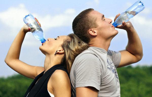 喝水可解决这些小毛病 喝水并非越多越好