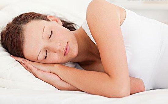 女性养生:女人衰老最快注册华宇21睡觉法