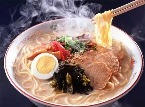 爱吃热烫食物易得胃癌 六个习惯帮助预防