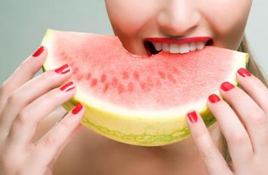 清凉过夏季 孕妈妈吃西瓜有大讲究!