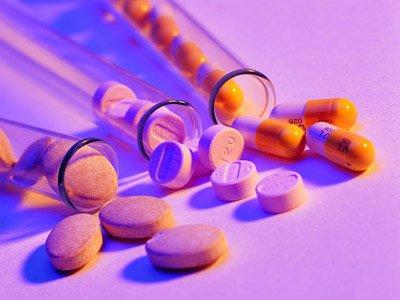 两性养生:哪些药物可能会引发女性闭经?
