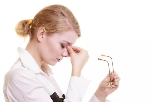 长期用眼引发视疲劳?三分钟恢复眼睛神采
