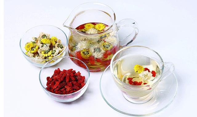 夏天喝茶有讲究,喝这4款茶养生效果最好