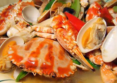 海鲜隔夜易损肝 揭秘七种食物隔夜产生剧毒