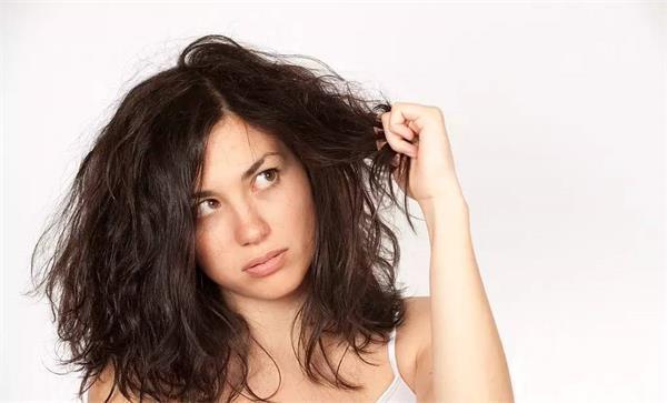 冬季头发干燥咋办?4招让您拥有柔顺秀发