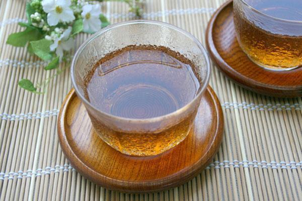 女人喝麦茶可以抗衰老 这些食物也很美容