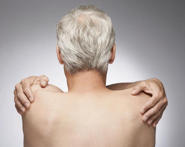 白发非衰老标志 50至55岁长白发系身体健康
