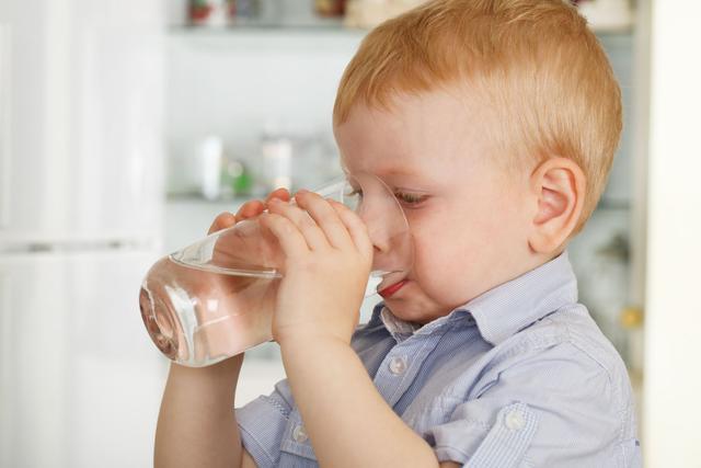 孩子喝水太多,真的是好事吗?未必!