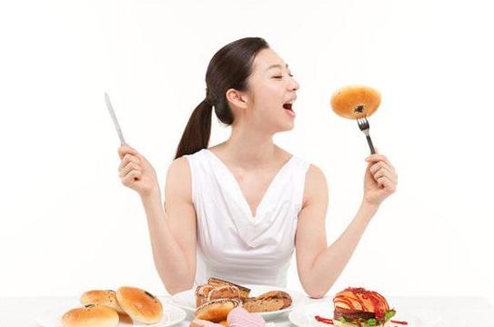 震惊!研究发现吃饭快的人更易长胖!