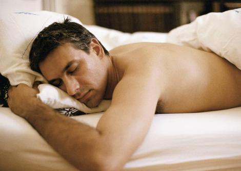 警惕睡眠10大禁忌 减少失眠、少说话