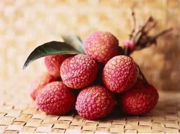 甜甜的荔枝为什么吃多了会低血糖呢?