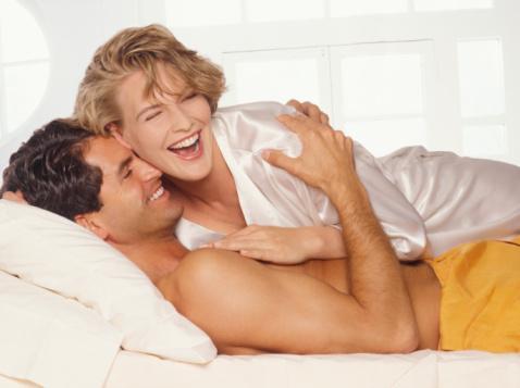 两性解读:哪些身体信号表示女性渴望房事