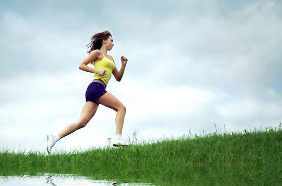 跑步减肥法_跑步还能有效地刺激代谢,增加能量消耗,有助于减肥健美.
