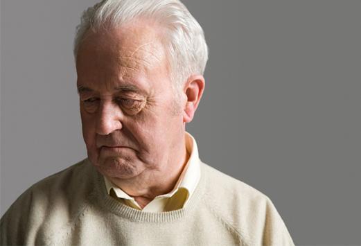 """老人""""脾气不好""""愁眉苦脸 需防范抑郁症"""