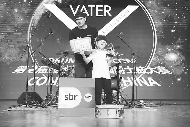 第二届鼓手中国全国爵士鼓大赛登陆周窝音乐小镇