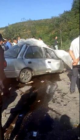 迁西发生交通事故 轿车与班车相撞